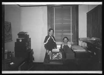 Unidentified office in the old 1914 Nueces County Courthouse