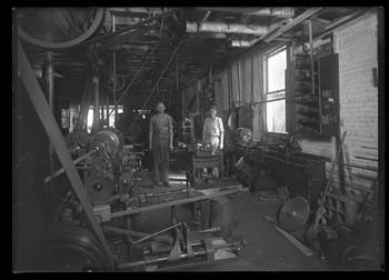 Joe Early Welding and Machine Shop or Texas Motor Sales Co.
